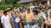 Karnataka Flood: Nirmala Sitharaman visits flood, landslide affected areas in Kodagu | Oneindia News