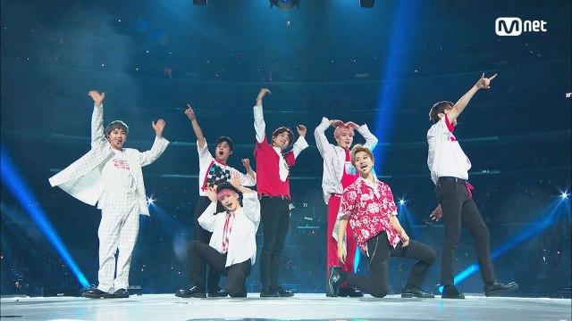 KCON 2018 LA×M COUNTDOWN|인투잇(IN2IT) - Sorry For My English
