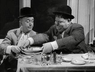 L'inflato (Laurel & Hardy) (planche à billets personnelle)