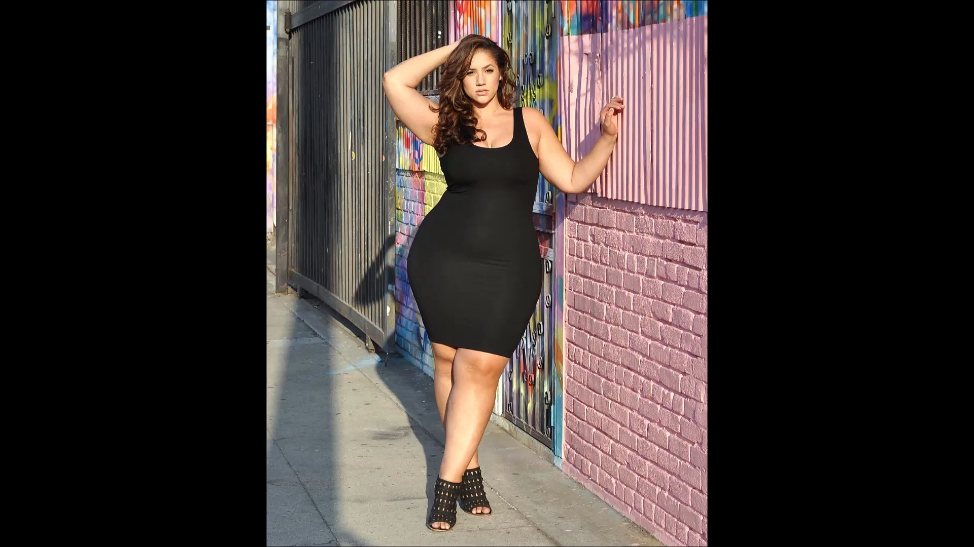 Gorgeous Fashion Model Latest New Plus Size Fashion. http://bit.ly/2Xc4EMY