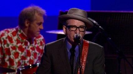 Elvis Costello - Radio, Radio