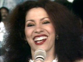 Clara Nunes - Portela Na Avenida