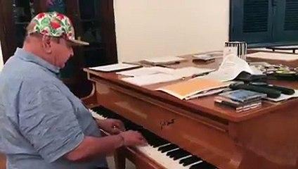 """Pianista João Donato adere ao """"Olê, olê, olá, Lula"""""""