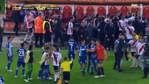 Ricardo Centurion and Enzo Perez get red cards in a crazy fight!