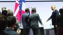 VIDÉO - Macron loue le système économique danois