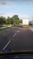 Un camion fou à Ouroux sur Saône