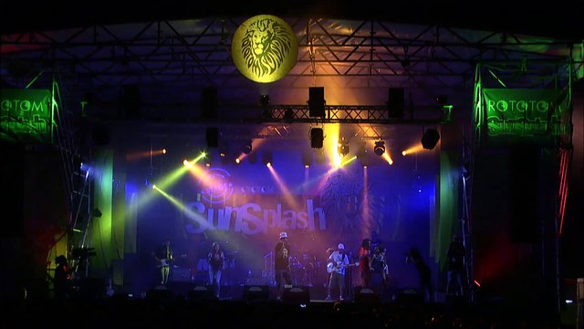 VILLA ADA POSSE & Madhouse Band live @Lion Stage 2018