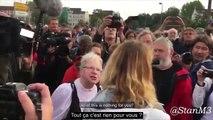 """Des citoyens allemands en colère face à une journaliste à propos des """"émeutes xénophobes"""""""