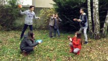 Les coulisses de notre Mannequin Challenge avec Lévanah et ses amis ! Fun et rigolo !