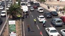 İzmir'de Minibüsün Çarptığı Motosiklet Sürücüsü Hayatını Kaybetti