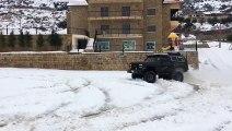 GMC JIMMY - Snow Drift