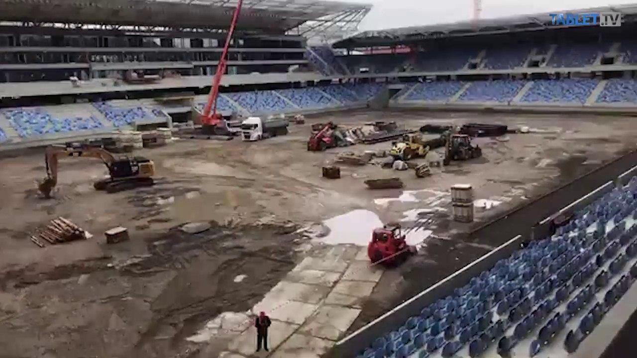 ZÁZNAM: Premiér na kontrolnom dni na stavbe Národného futbalového štadióna
