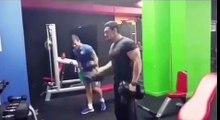 Travailler ses biceps à l'envers