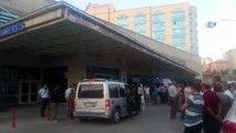 - Siirt'te, sürücüsünün direksiyon hakimiyetini kaybettiği araç kaza yaptı, kazada 2 kişi öldü, 7 kişi de yaralandı.