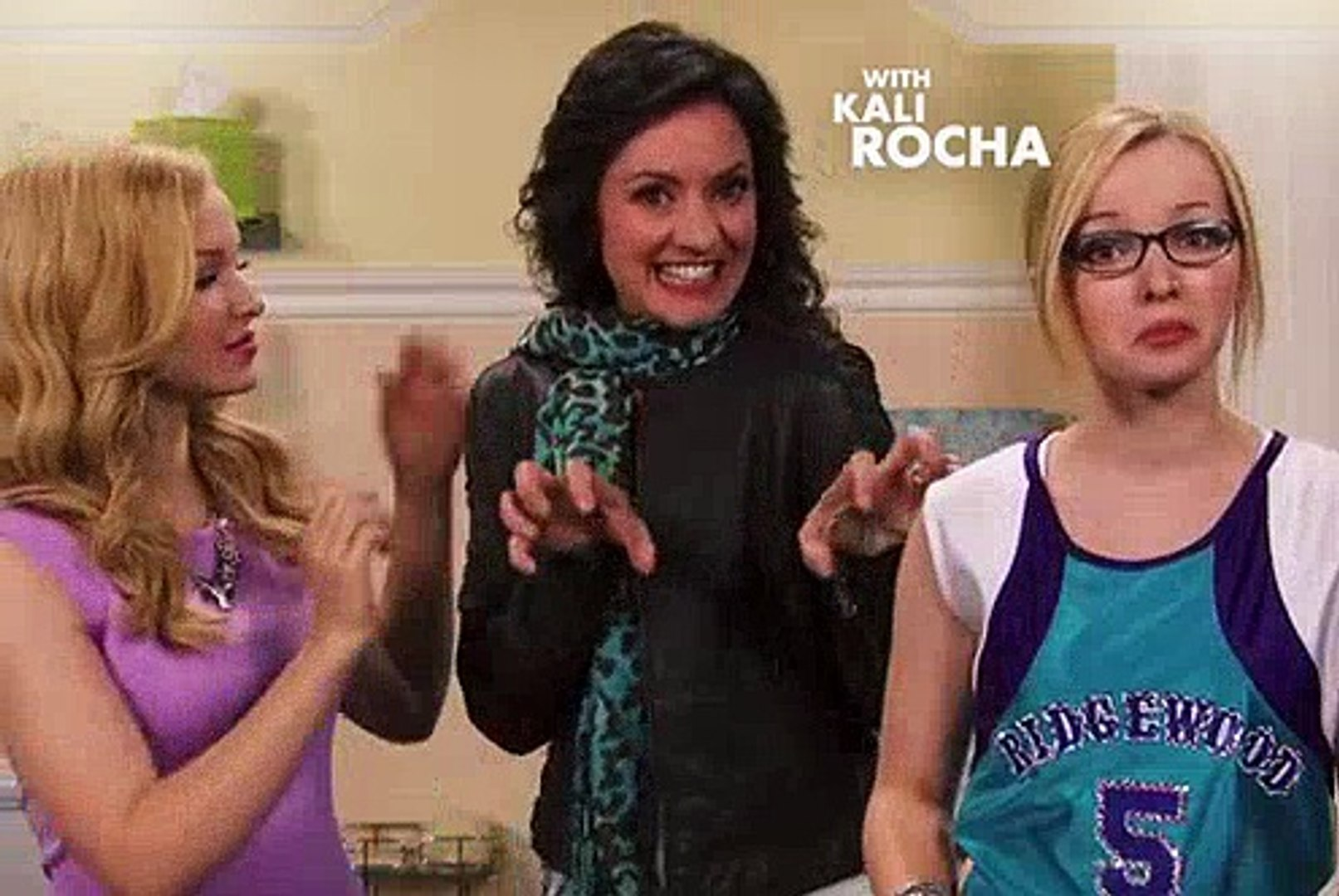 Liv And Maddie 1x11 Switch-a-Rooney