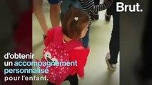 """""""On lui laisse sa chance"""" : atteinte de trisomie 21, sa fille de 3 ans a fait sa première rentrée scolaire"""