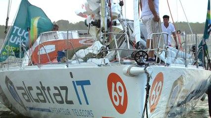 Alcatraz IT passe la ligne d'arrivée. AlcatrazIT is crossing the finish line