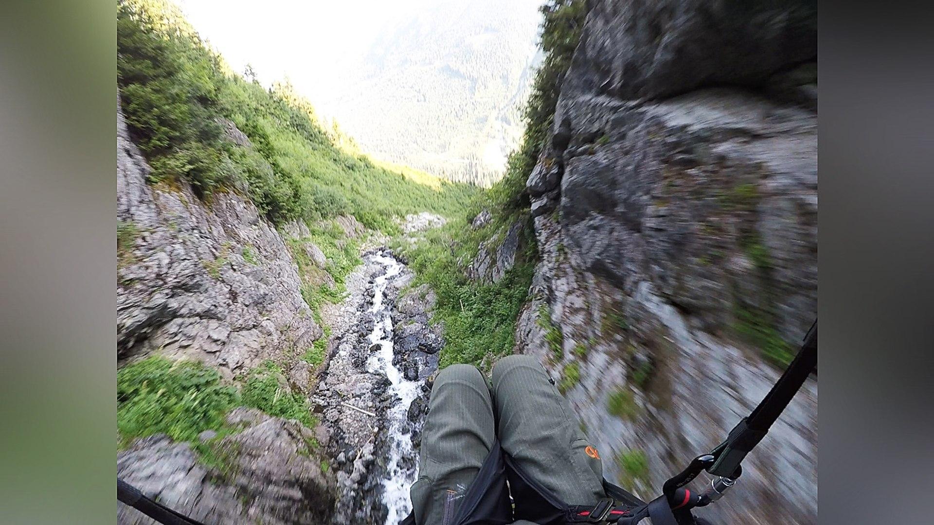 Impresionante velocidad bajando una montaña
