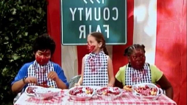 Hannah Montana S01 E25 Smells Like Teen Sellout.