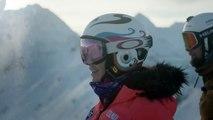 """Liechtensteins Skiass und Olympia-Bronzemedaillengewinnerin Tina Weirather erkundet zusammen mit dem liechtensteinischen Ex-Skirennfahrer Marco """"Büxi"""" Büchel da"""