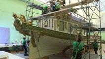 A Paris, le déménagement hors normes du canot de Napoléon 1er
