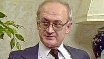 FASCINATING -  KGB Defector Yuri Bezmenov reveals Russian Subversion Tactics - Full Interview