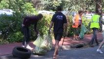 world clean up day : ramassage des dechets abandonnés à StEtienne