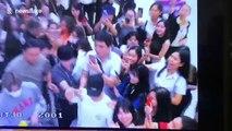 Fans slip through airport security to meet Korean actor