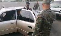 Un homme veut passer avec des clandestins dans sa voiture à la frontière de la République dominicaine !