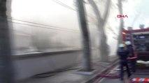 İstanbul- Kabataş Erkek Lisesi Bahçesinde Yangın Kontrol Altına Alındı