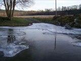 Vague de Froid du 14 au 24 decembre 2007 Les cours d'eau commencent à geler !!!!!