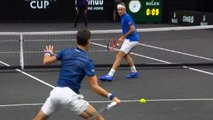 Laver Cup - Djokovic allume son partenaire Federer au filet