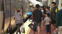 설렘 안고 고향 앞으로...기차역·터미널 붐벼 / YTN