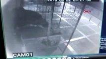 İzmir Akülü Arabayla Yapılan Hırsızlık Güvenlik Kamerasında