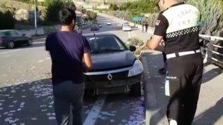 Otomobili ile kaza yapti gozyaslarina hakim olamadi