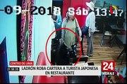 Captan cómo delincuentes roban cartera de turista dentro de restaurante en segundos