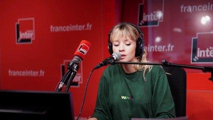 """Carte Blanche - Angèle reprend \""""La chanson de Prévert\"""" de Gainsbourg"""