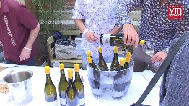 Connaissez-vous le retsina, ce vin grec aromatisé à la résine de pin?