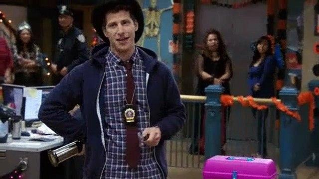 Brooklyn Nine-Nine S04E05 Halloween IV