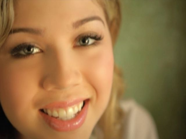 Jennette McCurdy - Not That Far Away