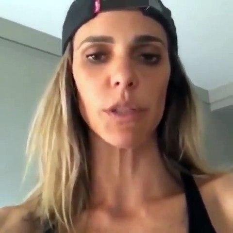 Apresentadora Fernanda Lima adere ao #EleNão