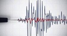 Endonezya'nın Sulawesi Adasında 7,7 Büyüklüğünde Deprem Meydana Geldi, Tsunami Uyarısı Yapıldı.