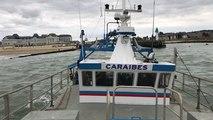 Départ des bateaux pour la pêche à la coquille Saint - Jacques