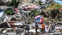 Endonezya'da Deprem ve Tsunami: Çamura Gömülen Kilisede 34 Öğrencinin Cesedi Bulundu