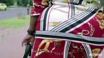 Regardez un peu ça ! À votre avis vraie pub ou comédie ?Bonjour à nos Wanda People du Congo ! Venez un peu nous traduire alors ce que les gars disent SVP !