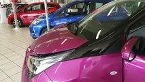 Portas abertas na garagem Toyota CAR Avenue no Luxemburgo