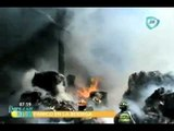 Incendio reduce a cenizas una bodega en Azcapotzalco