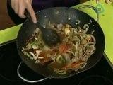 Salteado de res con verduras y almendras / Receta para preparar salteado de res
