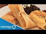 Receta para preparar tamales de camarón con salsa de jitomates asados. Receta de tamales