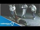 VIDEO: Jóvenes de Reino Unido golpean a Estadounidense / Golpean a Estadounidense en Reino Unido